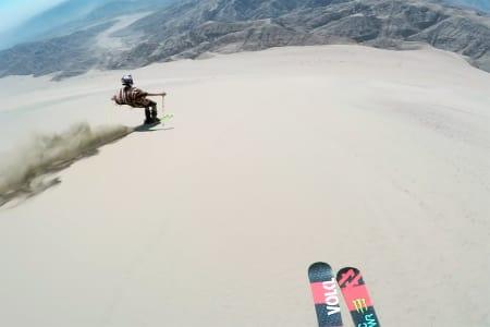FRAMTIDA?: Skal vi kjøre ski på sand i framtiden? Foto: Skjerumdump
