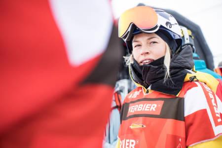 PLANEN KLAR: Hedvig Wessel har to linjer og backflip på gang til lørdagens FWT-runde i Fieberbrunn. Foto: Jeremy Bernard