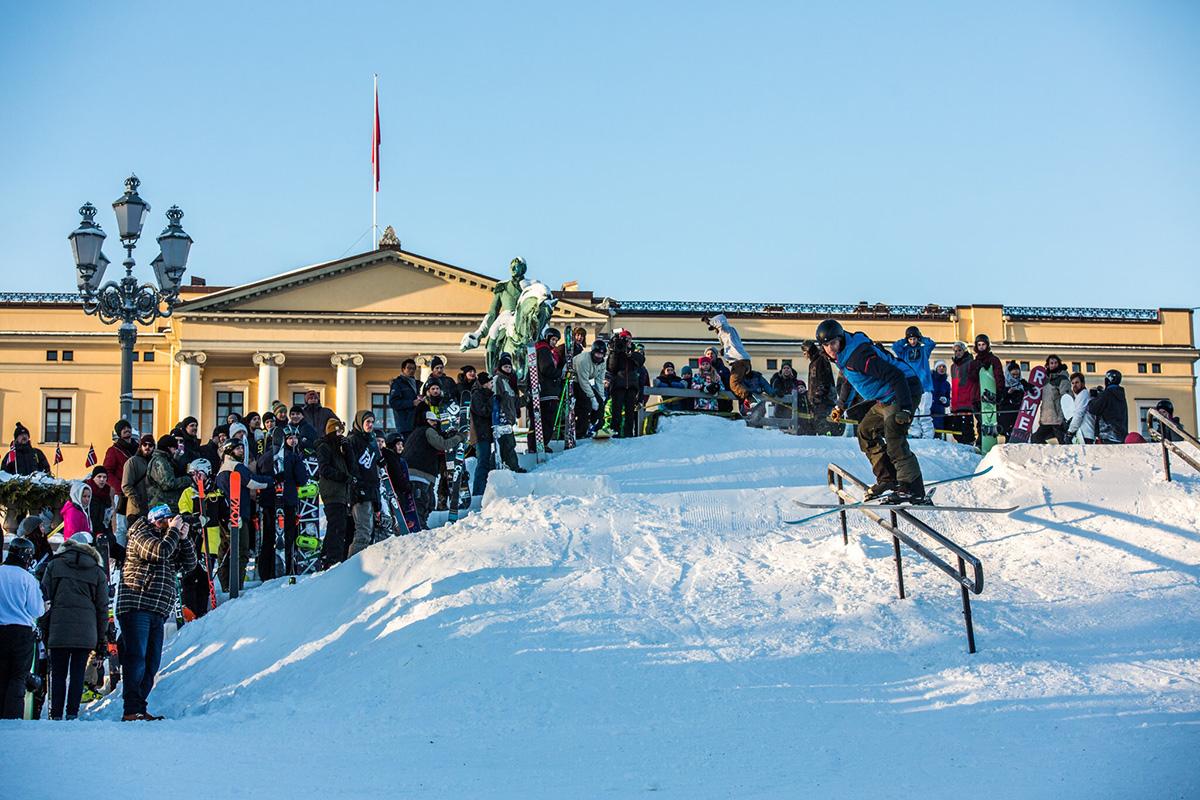 SJEFEN: Christopher Frankum pleier vanligvis å følge konkurranser fra sidelinja. Foto: Andreas Løve Storm Fausko