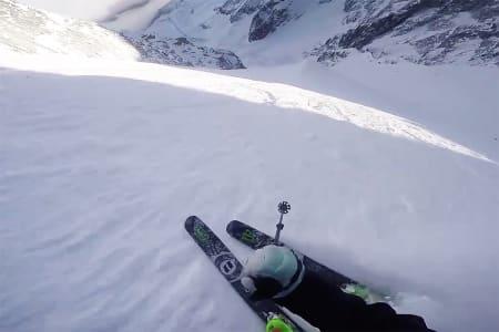DEBUT: Jacob Wester fikk drømmedebut ned nordsiden av Aiguille du Midi. Foto: Skjermdump
