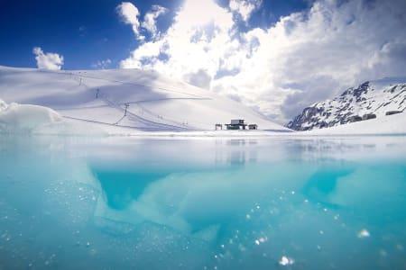 TOPP 36 SOMMERSKI I VERDEN: Her er kåringen av verdens beste sommerskisentre. Her fra Stryn i 2014. Foto: Emil Eriksson