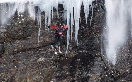 2009-KLIPPA: Det var etter landingen av Vole-klippen at probleme startet for Ville Aarseth. Foto: Andreas Anderson/RFC