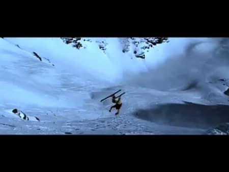 IKKE SKUMMELT: Denne kræsjen er nok det minst skumle som skjer i traileren fra 2007.