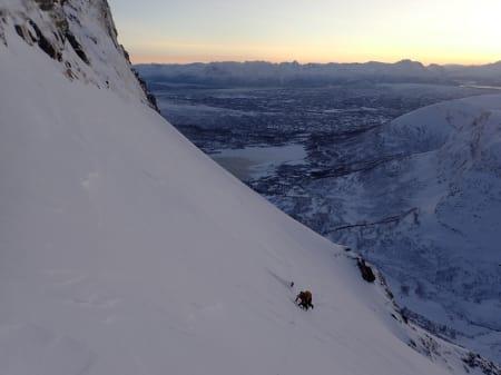 Isklatring med skikjøring som premie