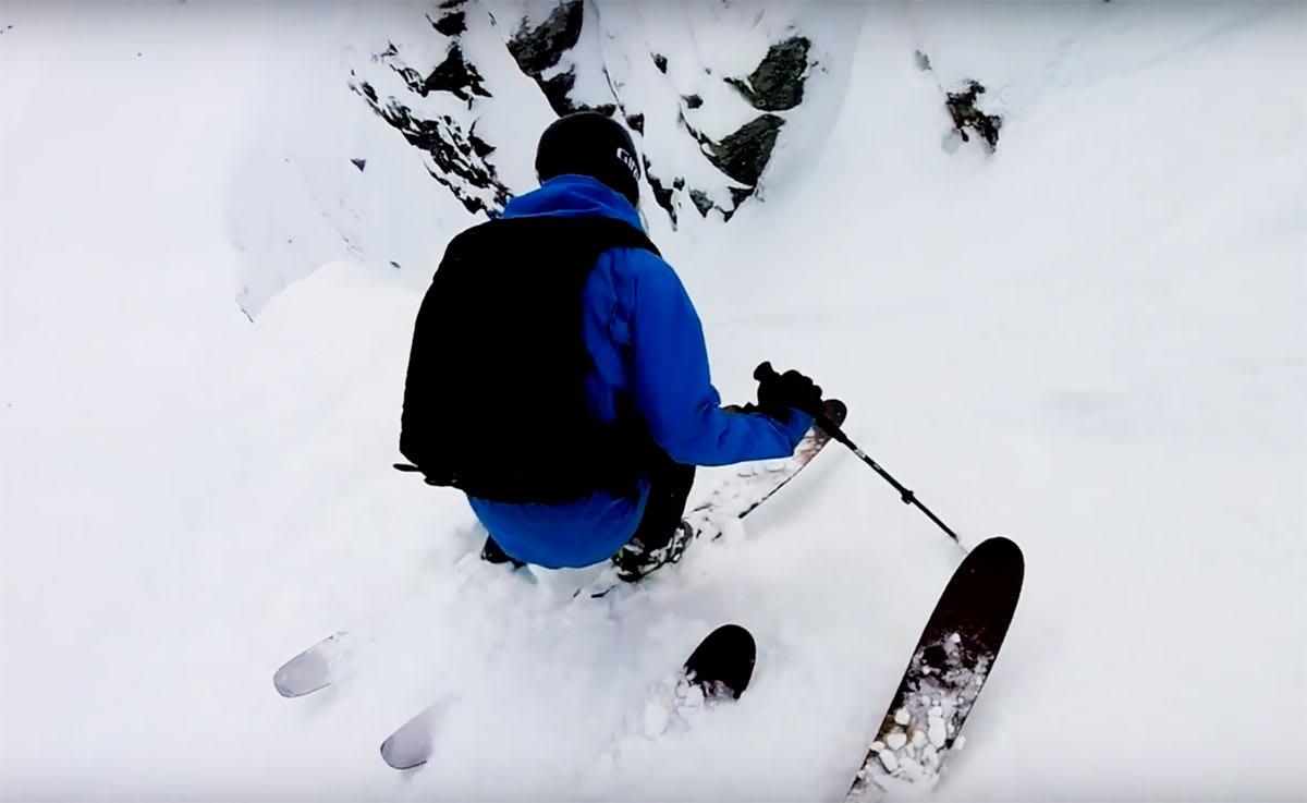 TERRENG: Har Hodlekve i Sogndal Norges artigste skiterreng? Det kan se sånn ut i Robert Ruds nye episode av webserien Chased.