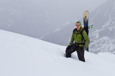 LOKALKJENT: Jarkko-Juhani Hentonen er en av de som kjenner fjellene i Tamokdalen best. Foto: Mikko Lampinen
