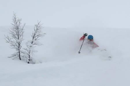 SNØ TIL JUL? Statsmeteorolog Ida Fossli har tro på en hvit jul i Myrkdalen. Foto: Bård Smestad