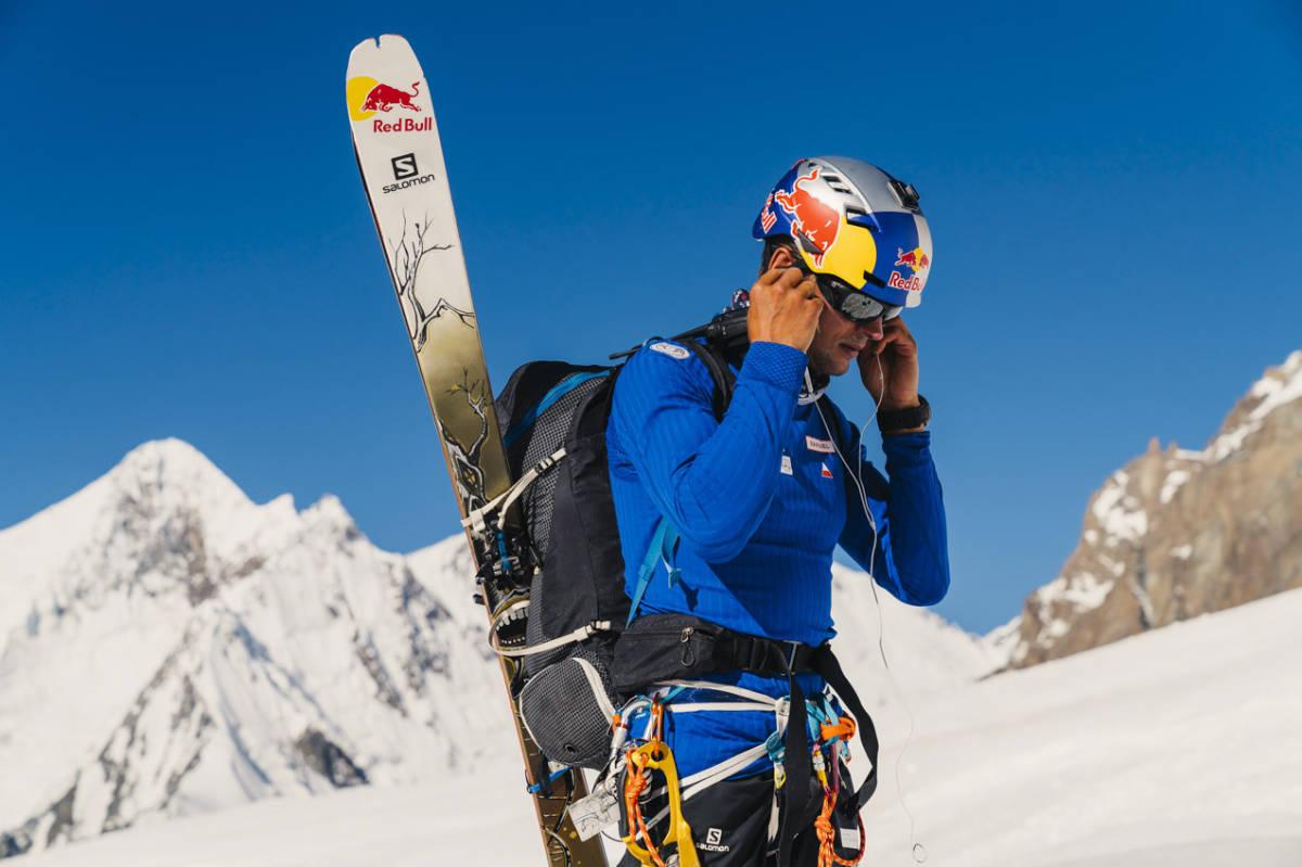 REKORDFORSØK: Kilian Jornet og Andrzej Bargiel (på bildet) er på Everest. Foto: Red Bull