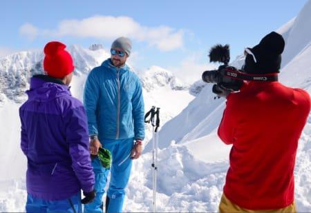 TOPPINTERVJU: Erlend Sande intervjuer kronprinsen foran kameraet til Espen Kristiansen. Foto: Nils Nielsen