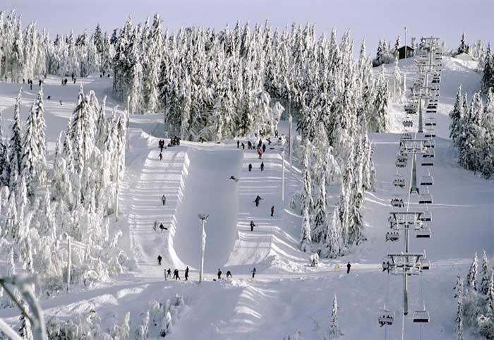 KUTTER: Oslo Vinterpark gjør et formidabelt kutt i sine sesongkortpriser denne vinteren. Foto: Visit Norway