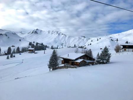 HEMMELIG INNERTIER: Lenk i Sveits er et prakteksempel på en bortgjemt og ukjent perle i Alpene hvor nysnøen ligger urørt lenge etter at den kom. Foto: Endre Løvaas