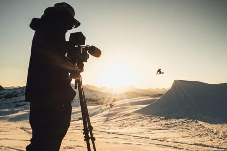 SKIFILM-LEGENDER: Level 1 har laget flere av tidenes råeste skifilmer. Nå blir det feteste fra årets film å se på Fri Flyt Film Tour i høst. Foto: Level 1
