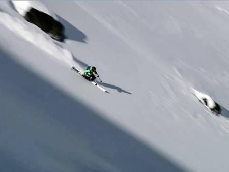 TELIS: Svenske Per Jonsson kjører norske svinger ned fjellsidene i Riksgrensen-området.