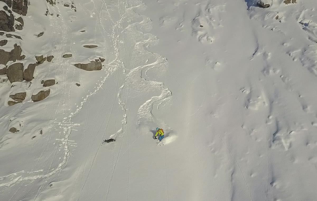 SESONGSTART: Bra med nysnø og fine forhold for skikjøring i Lofoten – før kalenderen viser november!