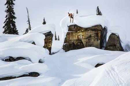 FAST PÅ LAGET: Richard Permin er en av mange gode grunner til at Matchstick har laget de beste skifilmene de siste årene. Denne putelinja får vi forhåpentligvis se i levende bilder i oktober. Foto: Blake Jorgenson