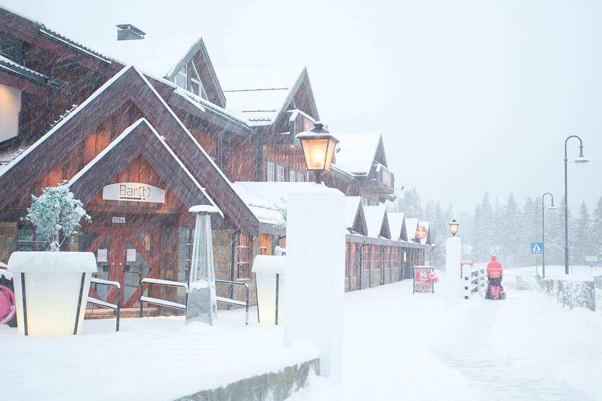Nå er det snøstorm i Hemsedal
