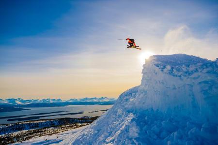 Når luftakrobatene inntar Molde