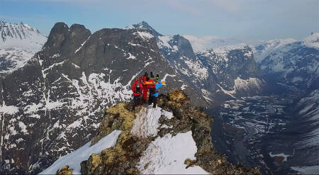 LEKKERT: Seeking Nirvana heter webserien. Det kan se ut som målet ble nådd i Romsdal i fjor vår.