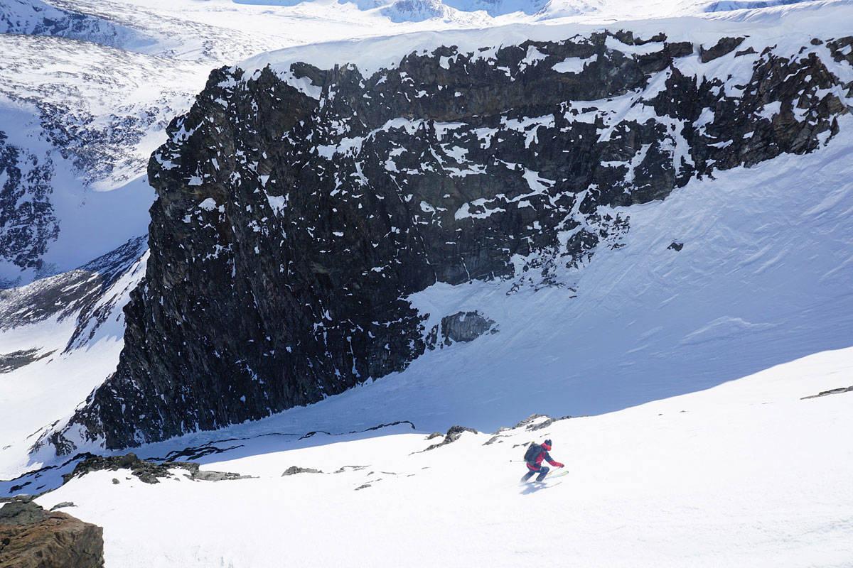 RÅ RENNE: Gjermund Nordskar i øverste del av Glitterrenna. Foto: Lukas Heck