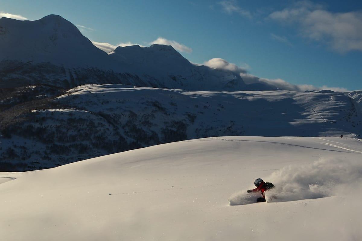 HERLIG: Søndag på Strandafjellet slo det meste. Her er Fri Flyts Magnus Utkilen i snøen. Foto: Simen Tott Sætre