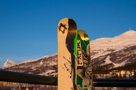 Ingenting å si på utsikten fra afterskien i 16. etasje på Rica Hotel Narvik.