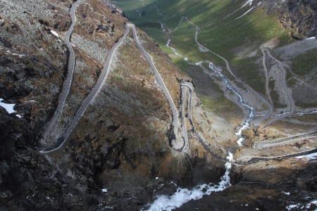 SKIHEIS: Ved hjelp av denne veien blir plutselig en rekke fete toppturfjell enkelt tilgjengelig.