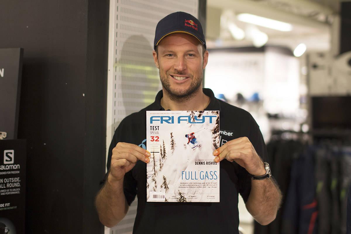 NUMMER: Den ikke så ukjente alpinisten Aksel Lund Svindal gir tommel opp til det nye bladet. Foto: Anders Holtet