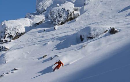 TØFT SKITERRENG: Ingen skianlegg i Norge kan måle seg med Narvik når skisenteret på Fagernesfjellet viser seg fra sin beste side, som her. Foto: Thomas Kleiven