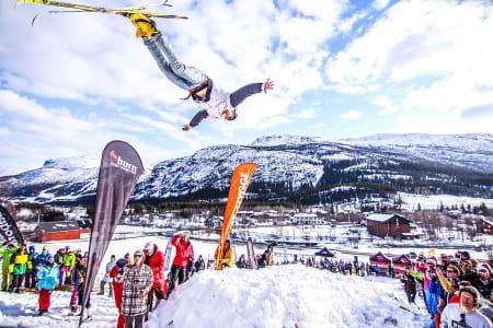 PÅSKEFEST: Bjerkan Invitational er mest sannsynlig påskes råeste fest. Langredag braker det løs på Tuv i Hemsedal. Foto: Erlend Søderlund