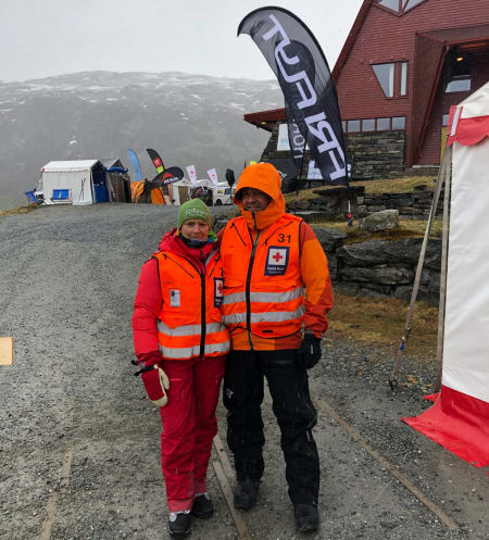 INNEVÆR: Ikke noe problem å være ute på Turtagrø selv om været innbyr til teltliv. Foto: Marte Emilie Rasmussen