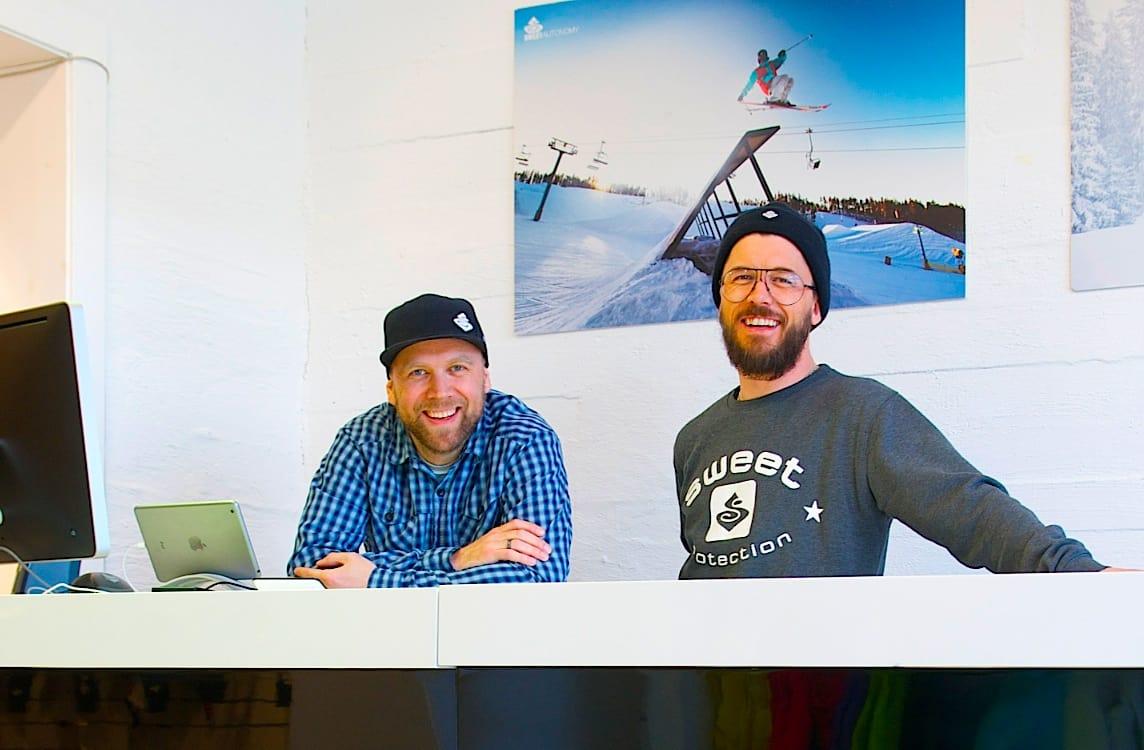 SENTRALE: Designsjef Ståle Møller og salgssjef Atle Enberget solgte i forrige uke aksjene sine i Sweet Protection til Active Brands.