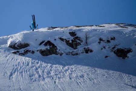 Anders Bersu gleder seg til landing på fast føre