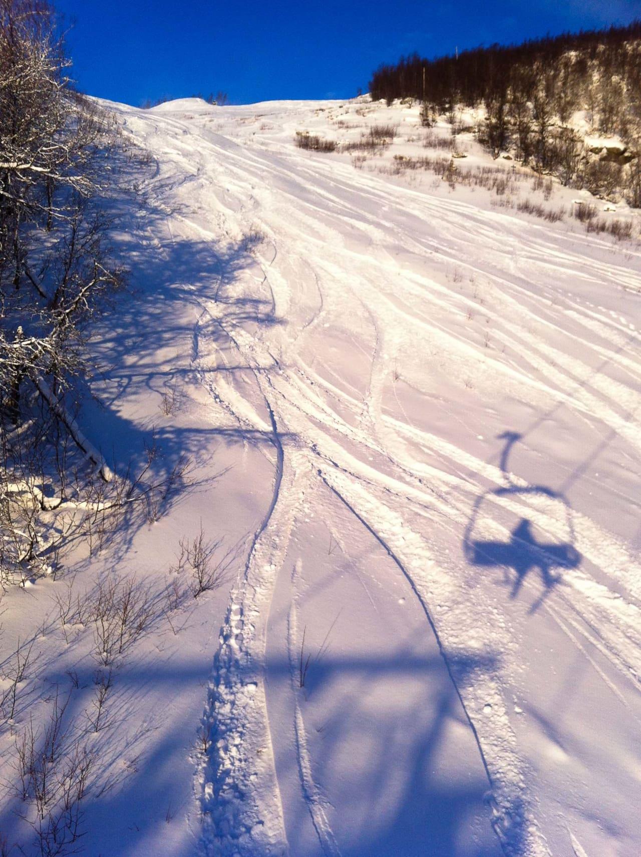 YMSE FØRE: Fra mange steder i landet meldes det om dårlig føre. Slik så det ut på Geilo rett _før_ regnet kom på julaften. Foto: Henning Reinton