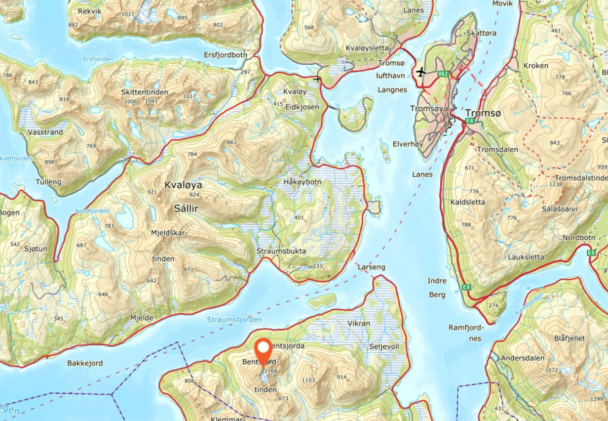 SKREDULYKKE: Bentsjordtinden ligger i Malangen, sørvest for Tromsø.