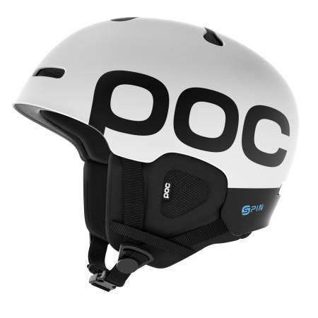 HJELM: At man skal beskytte hodet er det flere og flere som er inneforstått med, undersøkelser viser at det aldri har vært så mange som bruker hjelm som det er nå.
