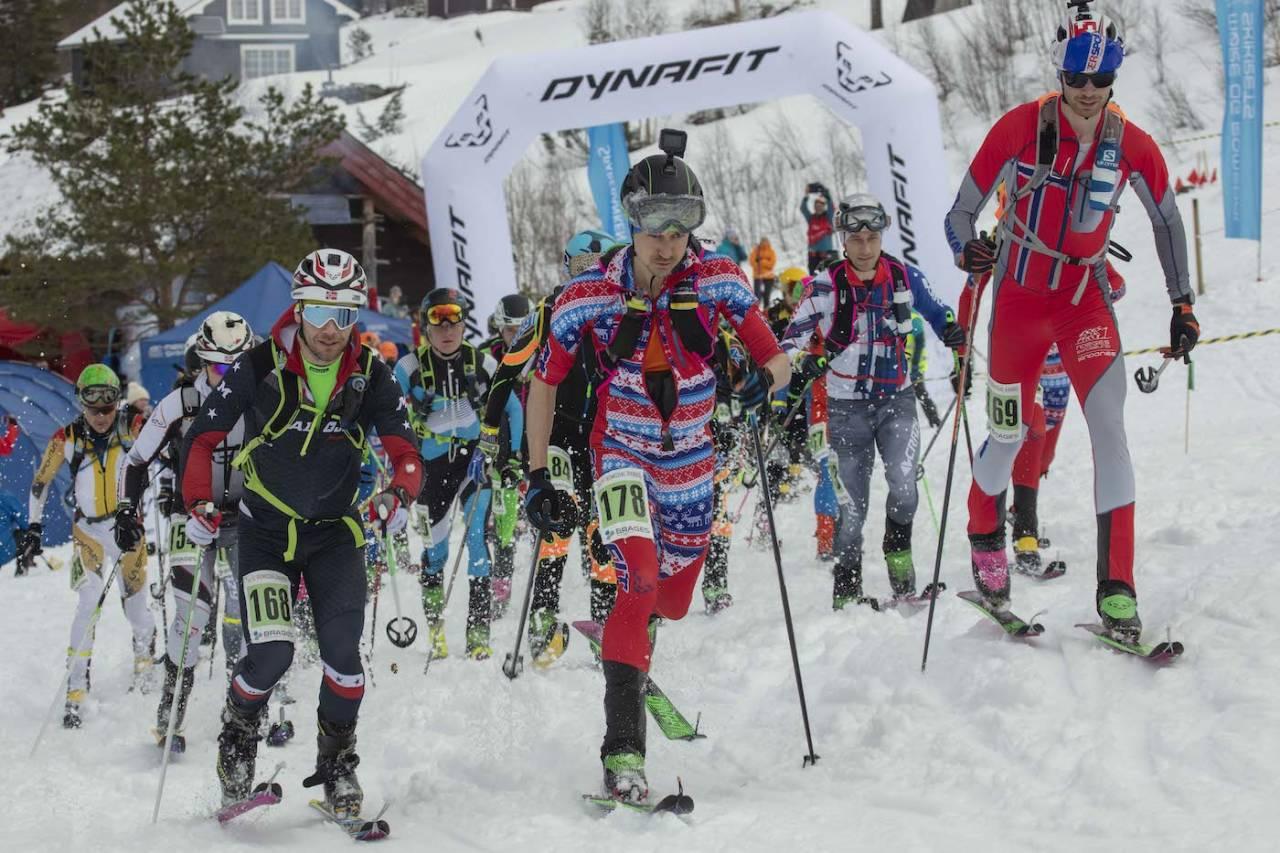 Lars Erik Skjervheim (foran) holdt spanjolene bak seg og tok sitt sjette NM-gull, mens Hildegunn Gjertrud Hovdenak tok sitt tredje. Foto: Matti Bernitz Romsdal Rando