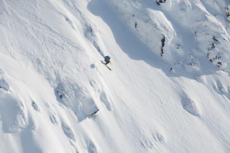 INN TIL SEIER: Henning Skjetne var sist ut i lørdagens konkurranse, men fant ei linje som var helt urørt. Foto: Tore Meirik