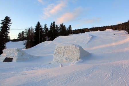 COURSE´ N TAR FORM: Her blir det slopestyle på lørdag, og da kommer hoppene til å se enda finere ut! Foto: Kåre Fjeldstad