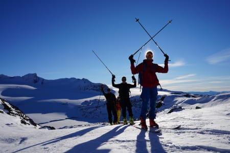 Lom Skifestival var først ut av vinterens toppturfestivaler, og helgas forhold skuffet ikke. Foto: Kjersti Kvamme