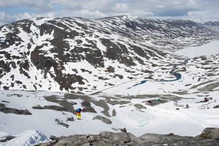 KONKURS IGJEN: Det begynner å bli en høsttradisjon at Stryn sommerskisenter går konkurs. Nå har det skjedd igjen, etter en av de dårligste somrene på lang tid, og ingen toppheis. Foto: Tore Meirik
