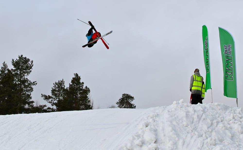 DOBBELCORK 12: Dette trikset, en dobbelcork 1260 med solid nosemute, sikra Vebjørn Svorkmo seieren i Drammen. Foto: Terje Nummedal