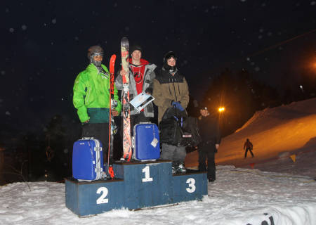 Jens Johnsen vant sin klasse, og fikk blant annet en blå koffert.