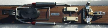 BLANDINGS: Tåpartiet er inspirert av Dynafit, men resten av bindingen er mer som en vanlig telemarkbinding.