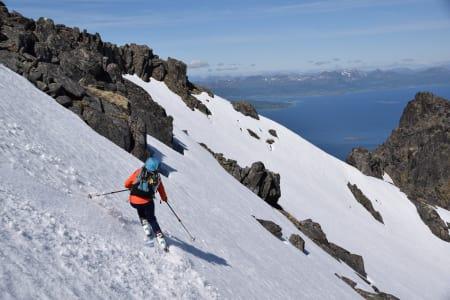 HERLIG: På det beste fikk gjengen 700 høydemeter med skikjøring. Her på Reinslettinden. Foto: Espen Nordahl