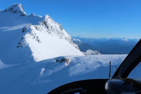 Jim Haberl Hut sett fra helikopteret