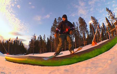 TRYVANN SHRED: ...i 4:3-format i solnedgangen over Oslo.
