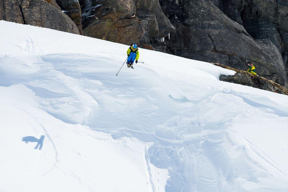 UHELDIGE ESPEN: Her går det slett ikke galt for Espen Sollien, men det gikk galt to sekunder senere. Foto: Sverre Hjørnevik
