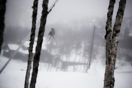VIERLI: Svein Olav Lien har tatt med seg gjengen over fjellet til Vierli i helga. Foto: Svein Olav Lien