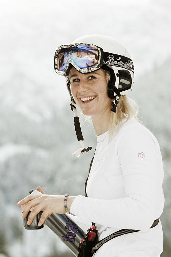 PÅ FILM: Janicke Svedberg bor i Sveits, og hun har sikra seg plass i skifilmen Steps, som kommer til høsten. Foto: Fredrik Schenholm