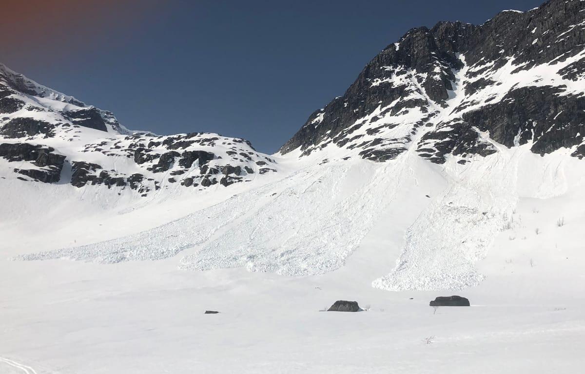 STORE OG VÅTE SNØSKRED FORVENTES: Det varsles faregrad fem i deler av Nordland til helgen, og dette er første gang varsom.no bruker den høyeste faregraden. Arkivfoto: Tore Meirik